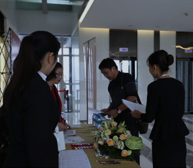 Hanking Group Rounded up the 2015 Spring Career Fair